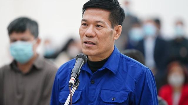 """Xử vụ """"thổi giá"""" máy xét nghiệm COVID-19: Cựu Giám đốc CDC Nguyễn Nhật Cảm lĩnh án 10 năm tù"""
