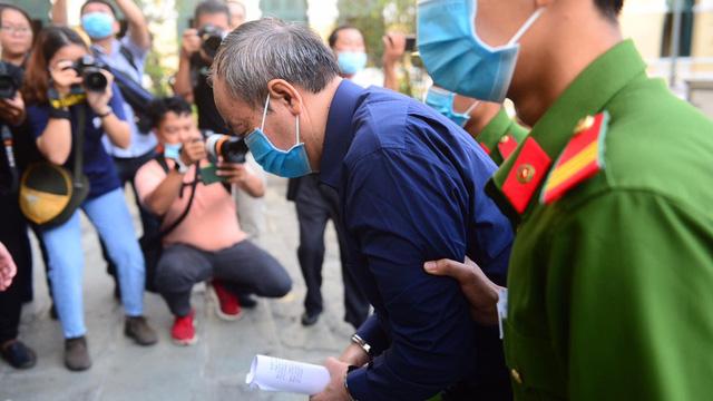 Đại diện Bộ GTVT nói gì tại phiên tòa xử cựu Bộ trưởng Đinh La Thăng?