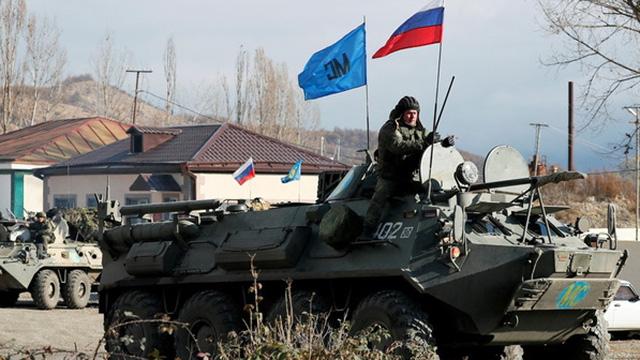 Lính gìn giữ hòa bình Nga bị Azerbaijan bao vây ở Nagorno-Karabakh