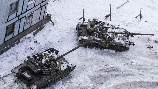 Gần 100 xe tăng Ukraine mất tích ở chiến tuyến Donbass
