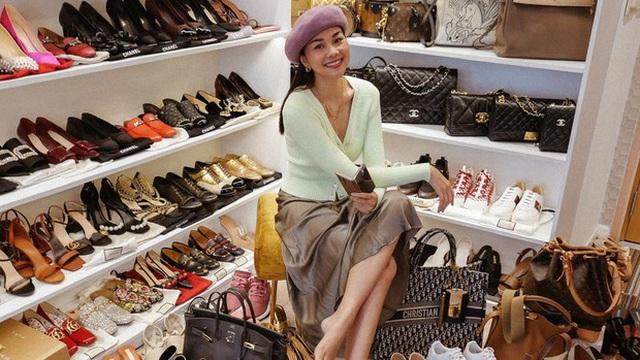 Thăm nhà Thanh Hằng: Sang chảnh số 1 showbiz, ngó đến tủ giày hiệu mà xỉu