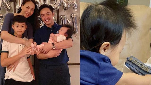 `Đàm Thu Trang chi tiền tặng túi hiệu xịn xò in cả tên cho con gái dịp cuối năm: Rich kid Vbiz là đây chứ đâu!