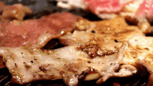Thịt nướng mềm, đậm đà nhờ thêm loại gia vị đơn giản này