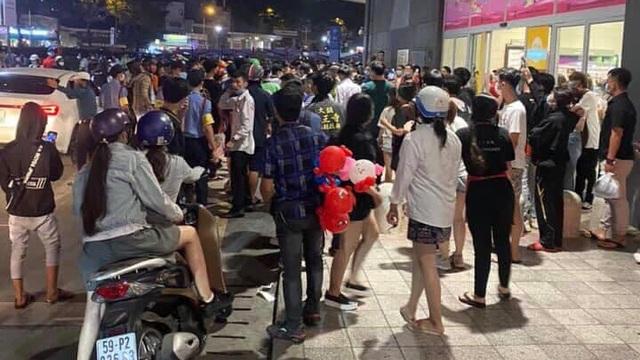 Công an mời nhóm bán hàng đa cấp ẩu đả với bảo vệ Aeon Mall Tân Phú ở Sài Gòn làm việc