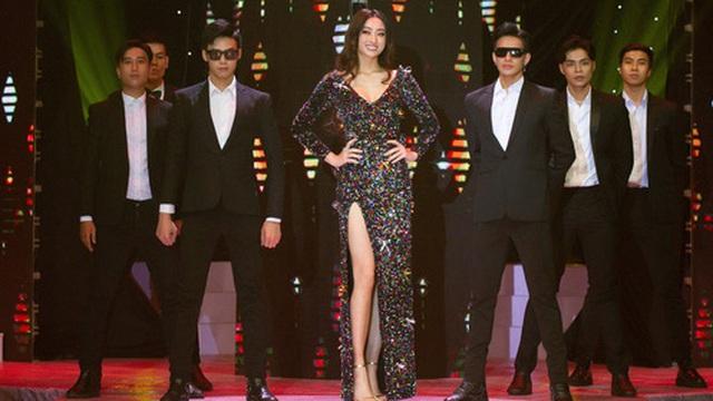 Hoa hậu Lương Thùy Linh xuất hiện bên dàn trai đẹp