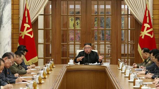 National Interest: Triều Tiên đang rơi vào khủng hoảng y tế hay kinh tế?