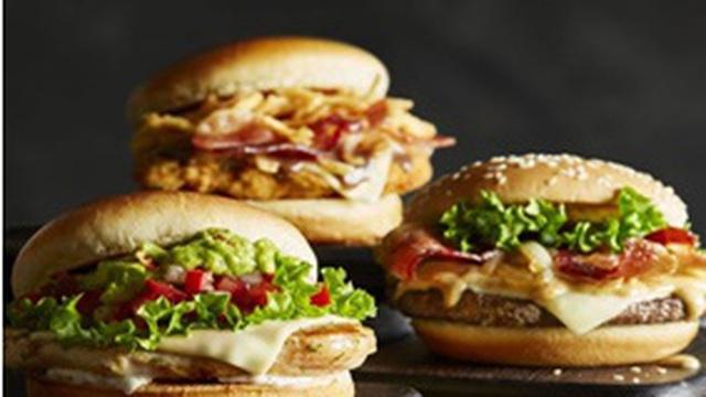 Thèm hamburger, người phụ nữ ăn chay suốt 10 năm bất ngờ chuyển sang nghề giết mổ gia súc