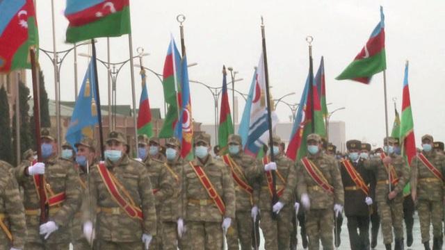 Azerbaijan diễu binh cực lớn mừng chiến thắng