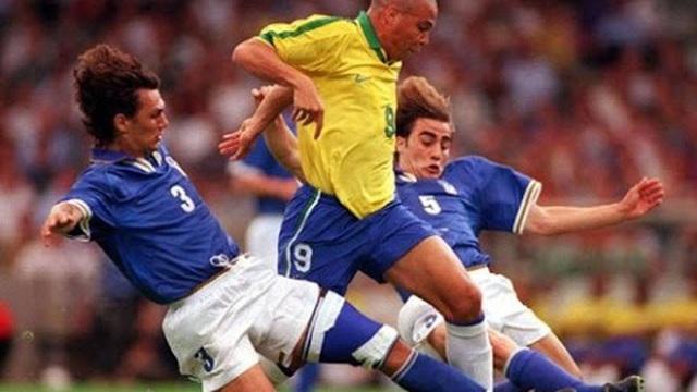 Giải đấu huyền thoại: Ai cũng sợ Ro béo, Carlos đá phạt kinh điển, nhưng Anh mới là nhà vô địch