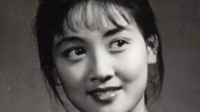 Những điều chưa biết về Vương Hy Phượng xinh đẹp, giảo hoạt bậc nhất 'Hồng Lâu Mộng'