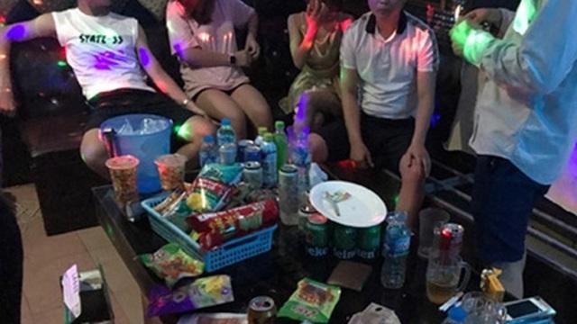Nhóm thanh niên mở tiệc ma túy tại phòng VIP quán karaoke