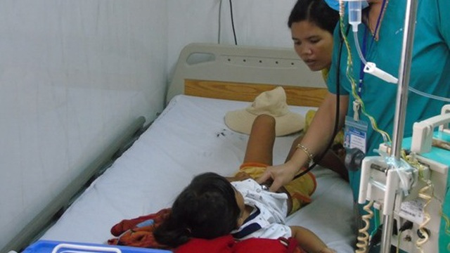 Cháu bé 6 tuổi tử vong do ngộ độc sắn