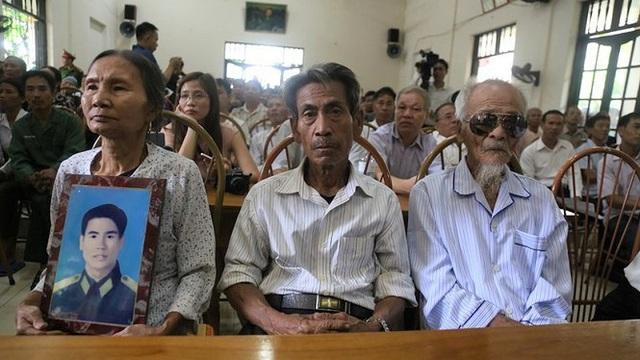 Hai anh em bị khởi tố oan gần 40 năm đòi bồi thường 38 tỷ đồng