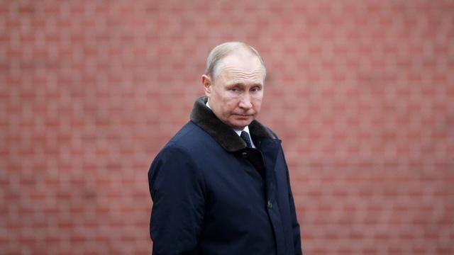 Tổng thống Trump thúc đẩy phát triển vũ khí siêu vượt âm