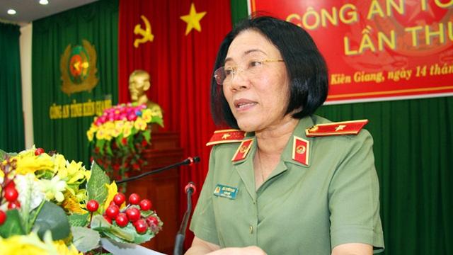 Nữ Thiếu tướng Công an đầu tiên Bùi Tuyết Minh thôi giữ chức Giám đốc Công an