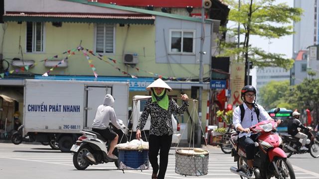 Thời tiết ngày 29/6: Hà Nội có nắng nóng đặc biệt gay gắt, nhiệt độ cao nhất trên 39 độ C