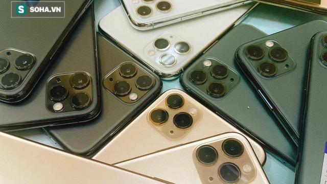Dân buôn tung chiêu mới: Mua iPhone tặng Airpods và Apple Watch