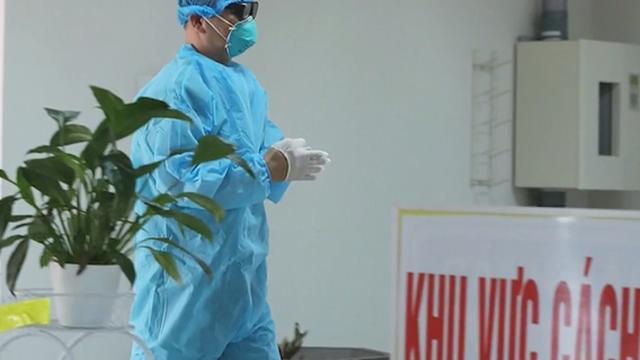 8 chuyên gia Nga nhập cảnh sân bay Tân Sơn Nhất dương tính với SARS-CoV-2