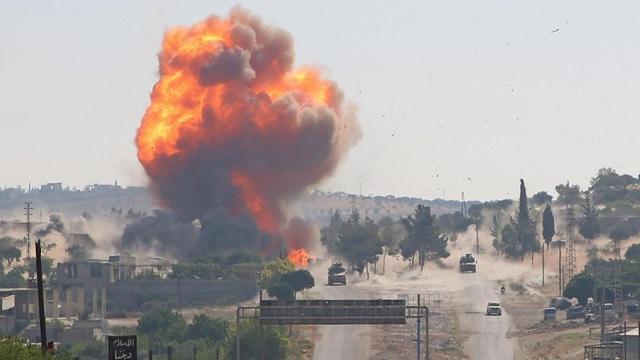 """Chiến sự Syria: Lý do sâu xa sau việc Nga bất ngờ thổi bùng """"lửa giận dữ"""" vào Idlib và """"thiêu bỏng"""" quan hệ với Thổ Nhĩ Kỳ"""