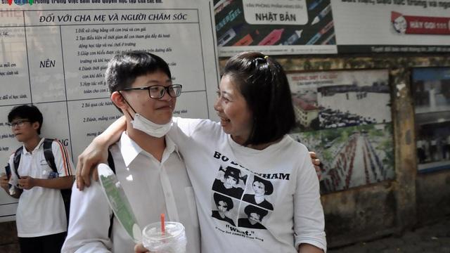 Chi tiết đề thi các môn chuyên vào lớp 10 công lập tại Hà Nội