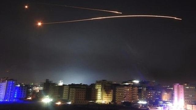 Thủ đô Syria bị Israel nã tên lửa ồ ạt sau ngày bầu cử