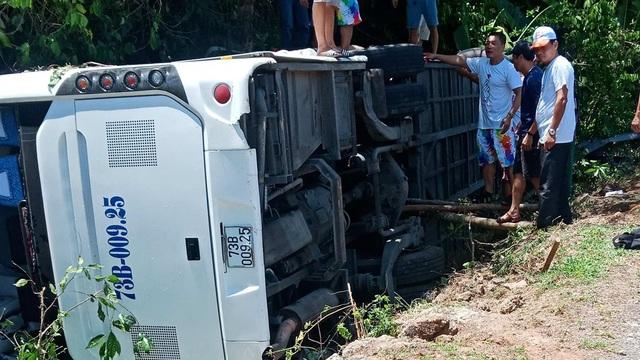 Vụ tai nạn kinh hoàng ở Quảng Bình: Danh tính 13 nạn nhân tử vong