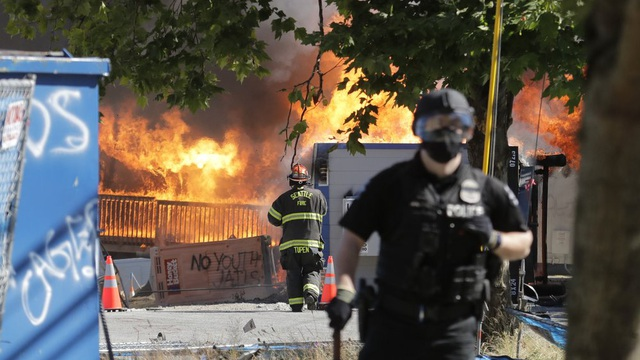 Cảnh sát Mỹ tuyên bố bạo động ở Seattle, tiến hành nhiều vụ bắt giữ