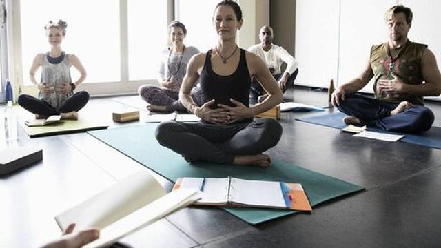 Kapālabhāti - bài tập Yoga làm nổ ra mâu thuẫn trong giới khoa học: Nguy hiểm hay an toàn?