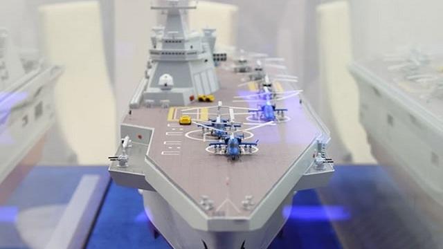 Tàu đổ bộ Priboy bị chê đắt, Nga ngay lập tức phản pháo: Sức mạnh vượt xa Mistral của Pháp