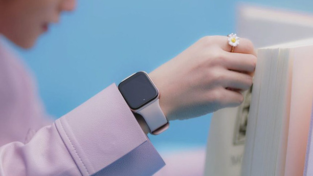Té ngửa với chiếc đồng hồ Sơn Tùng M-TP đeo trong MV mới: Nhìn xa cứ ngỡ Apple, nhìn gần mới biết thì ra… Oppo