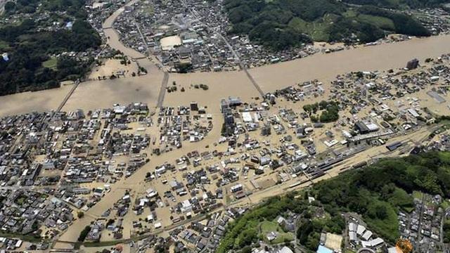 50 người thiệt mang do mưa lũ ở Nhật Bản