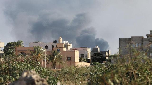 """Chiến sự Libya: """"Thùng thuốc súng"""" chực chờ bùng nổ"""