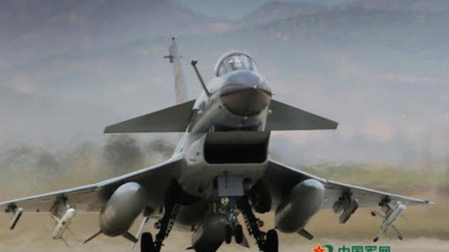 """Chiến đấu cơ Trung Quốc """"lọt vào tầm bắn của tên lửa Đài Loan"""""""