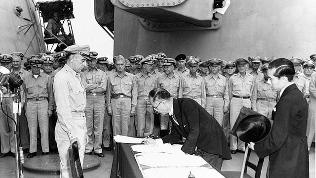 Bí mật Chiếu thư của Nhật hoàng chấp nhận đầu hàng trong Thế chiến 2