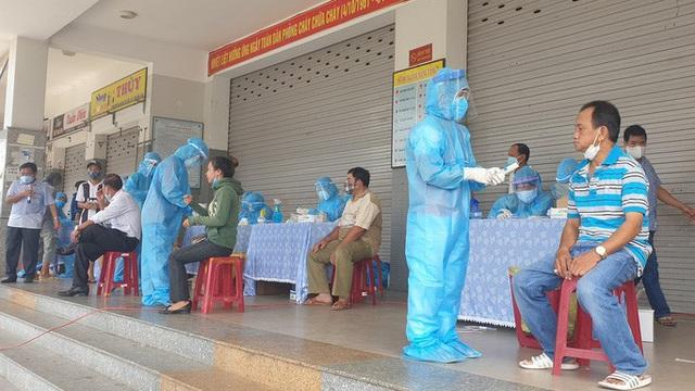Phó chủ tịch phường ở Đà Nẵng nhiễm Covid-19, 36 cán bộ, công chức đi cách ly