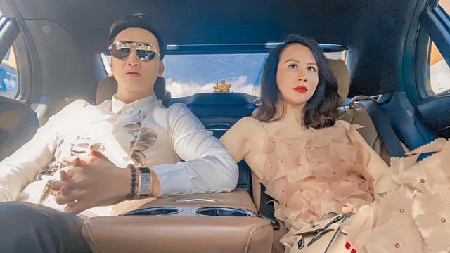 Hé lộ căn penthouse rộng rãi, sang trọng của vợ chồng MC Thành Trung