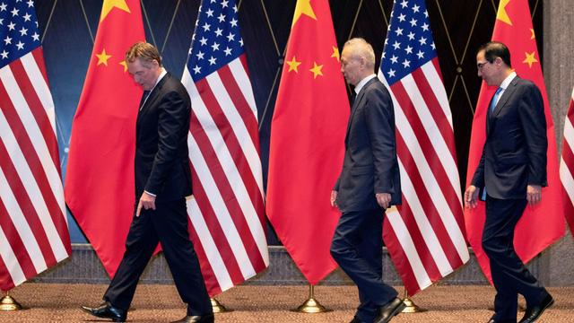 """Mỹ tuyên bố tích cực, hoãn đánh giá Thỏa thuận giai đoạn 1: TQ được dịp """"thở phào"""""""