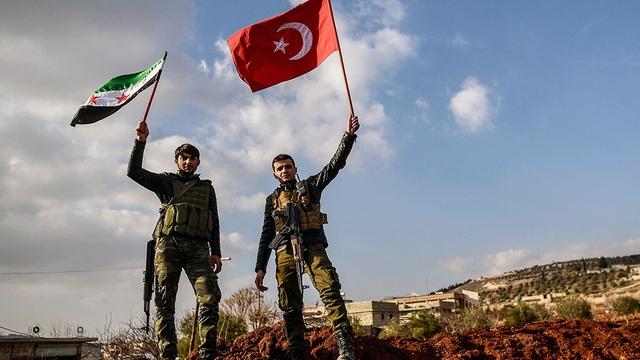 """Thổ Nhĩ Kỳ, Qatar phối hợp ra chiêu cực hiểm, """"đánh quỵ"""" cả EU lẫn lực lượng LNA ở Libya?"""