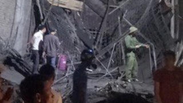 Sập mái nhà đang thi công ở Thái Bình, 2 người tử vong, 2 người bị thương nặng
