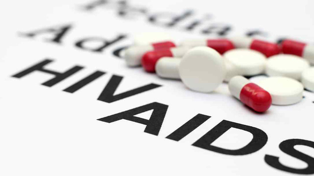 Người nhiễm HIV đầu tiên trên thế giới tự khỏi bệnh mà không cần dùng thuốc hay ghép tuỷ!