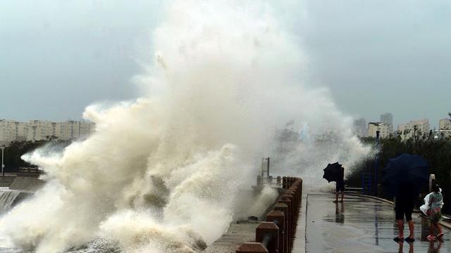 Bão lớn đổ bộ, nhiều tỉnh Trung Quốc dự báo thiệt hại nặng vì thiếu kinh nghiệm chống bão