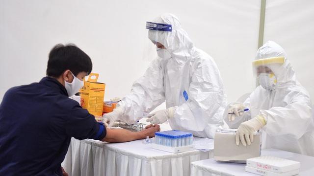 Hà Nội thông báo khẩn tìm người lái xe ôtô 4 chỗ chở ca nghi nhiễm Covid-19 mới phát hiện