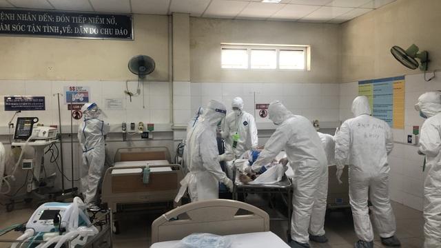 Bệnh nhân Covid-19 số 612 liên tục đi dự 2 đám cưới ở Đà Nẵng