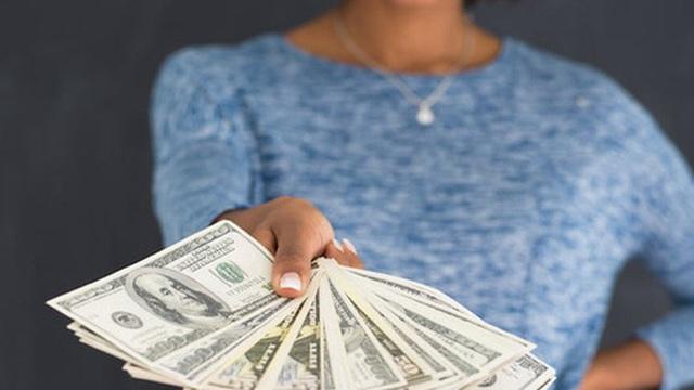 Wall Street Journal: Hãy cẩn thận với những đồng tiền 'miễn phí'!