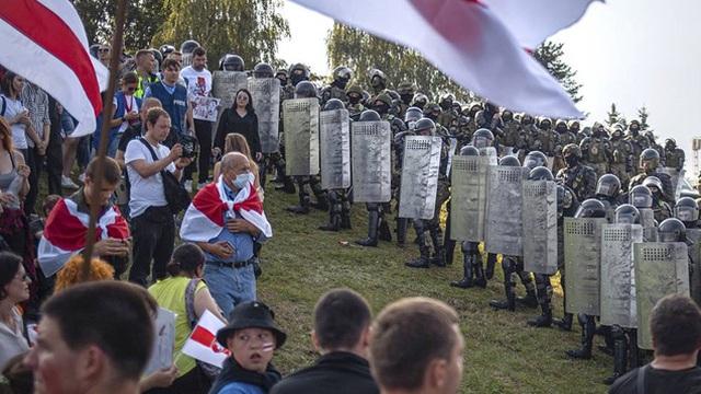 Tổng thống Lukashenko kêu gọi trưng cầu dân ý sửa hiến pháp