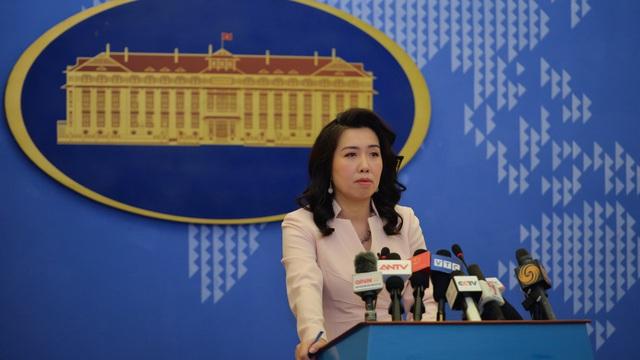 Việt Nam lên tiếng việc Trung Quốc tập trận quân sự, bắn tên lửa ở Biển Đông