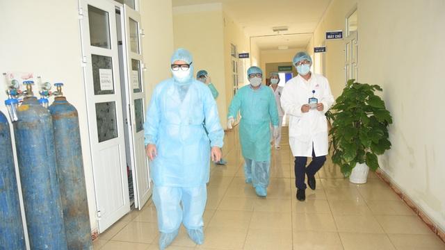 Nữ giáo viên nước ngoài tại Trung tâm Anh ngữ ở Nghệ An bị sốt, đau họng sau khi đi Đà Nẵng về