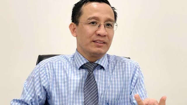 """Công an TP HCM kết luận TS Bùi Quang Tín """"tự trèo qua lan can và rơi xuống"""" tử vong"""