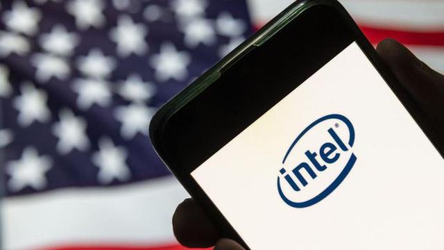 15 năm trước, một quyết định của Apple đã góp phần đẩy Intel xuống vực thẳm như thế nào?
