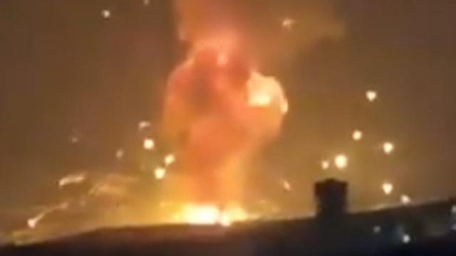 Jordan: Hàng loạt vụ nổ lớn làm rung chuyển căn cứ quân sự ngoài thủ đô